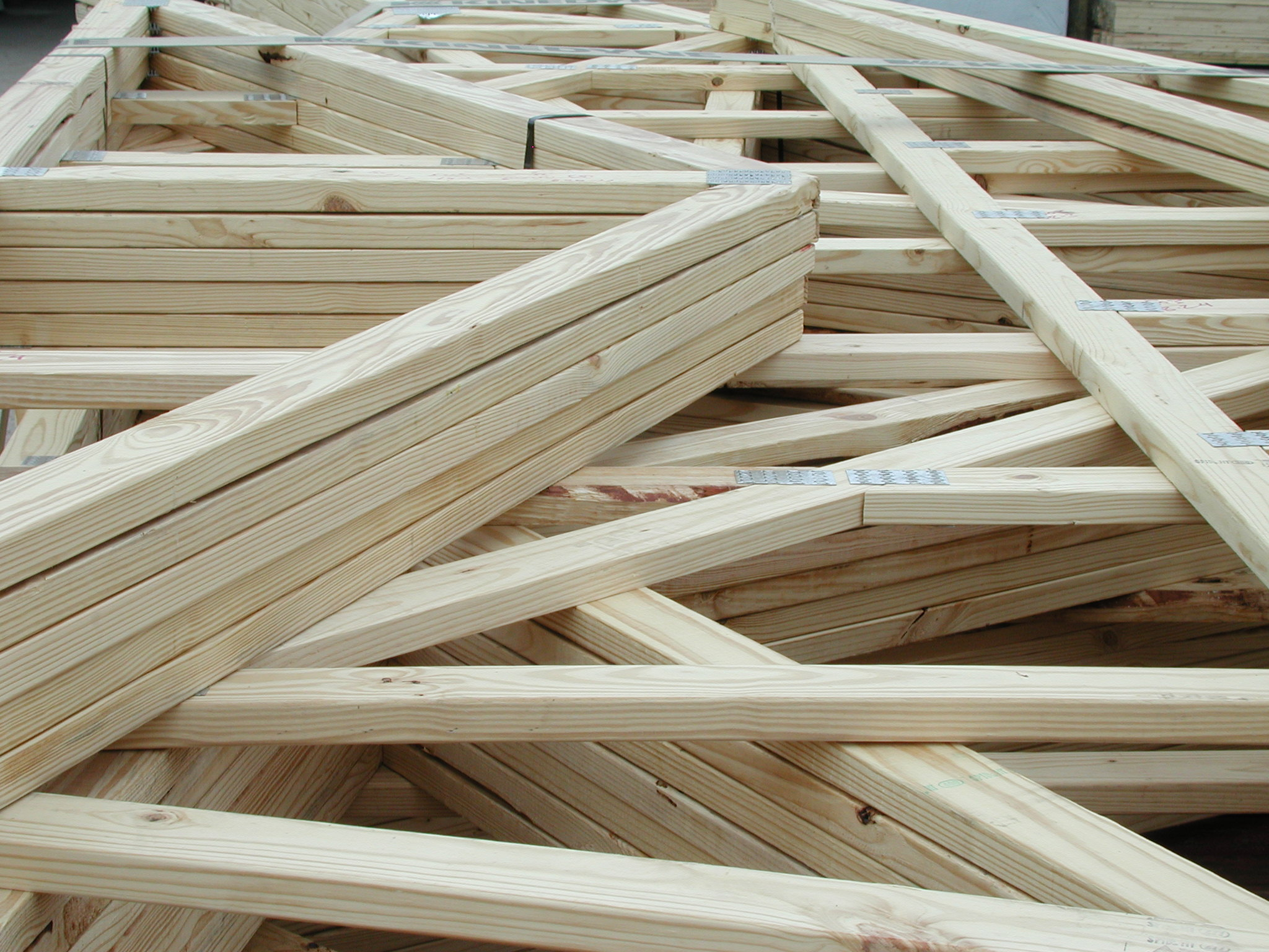 Devhula roofing roof truss company affordable roof for Manufactured roof trusses